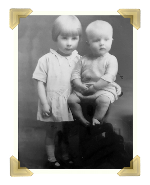 Desmond Heywood and his sister Doreen, 1929