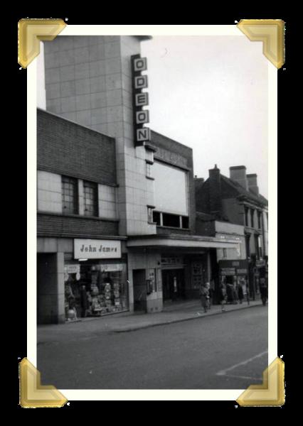 19 Odeon Cinema, 1966 (courtesy of Ken Roe)