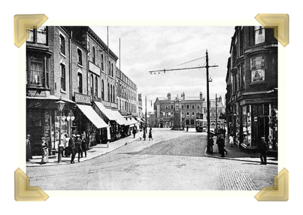 Amigos sits on this prominent junction in Wednesbury. You can clearly see Boots Chemists and William Longmore Hatter c1920 (courtesy of Bev Parker)