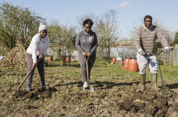Isaia, Christabelle, Christine Bunza, Barlow Road Allotments, 2021 © Denise Maxwell