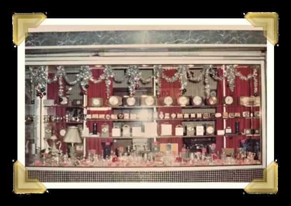 Marian's, 38 Union Street shop Christmas window display 1977