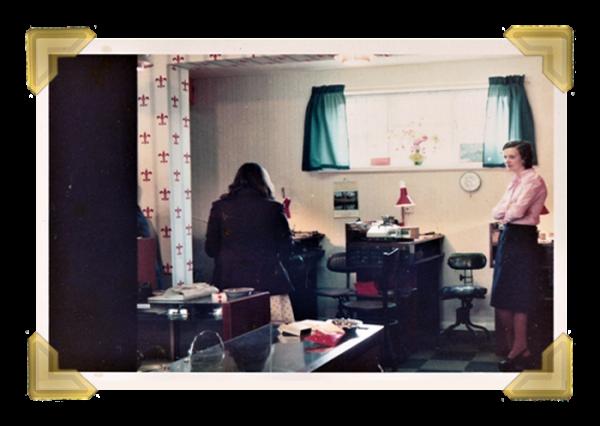 Staff and family, 40 Union Street shop. Teresa Maczka_Margaret O'Connor 1975