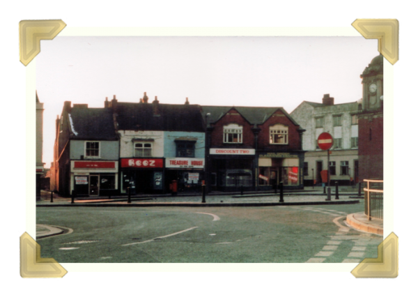 Market Place shops No.1-5, 1986 © Paul Nightingale (courtesy of Ian Bott)