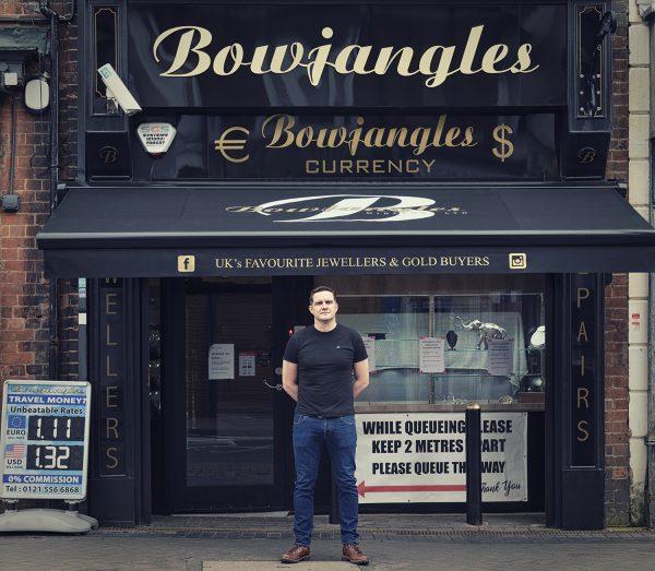 Aaron Sheldon outside Bowjangles © Marta Kochanek, Wednesbury High Street Stories, HSHAZ, 2021