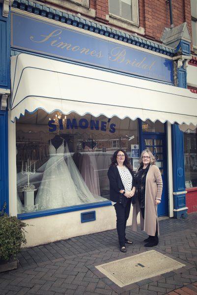 Maureen and Lisa outside of Simone's Bridal © Marta Kochanek Wednesbury High Street Stories HSHAZ 2021